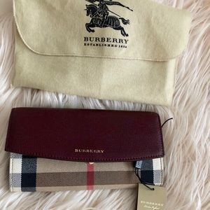 House Check and Leather Continental Wallet